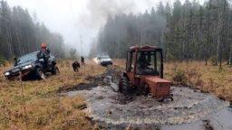 Turbo Traktorist protiv dzhiperov 256x144 c - Турбо-Тракторист против джиперов!-